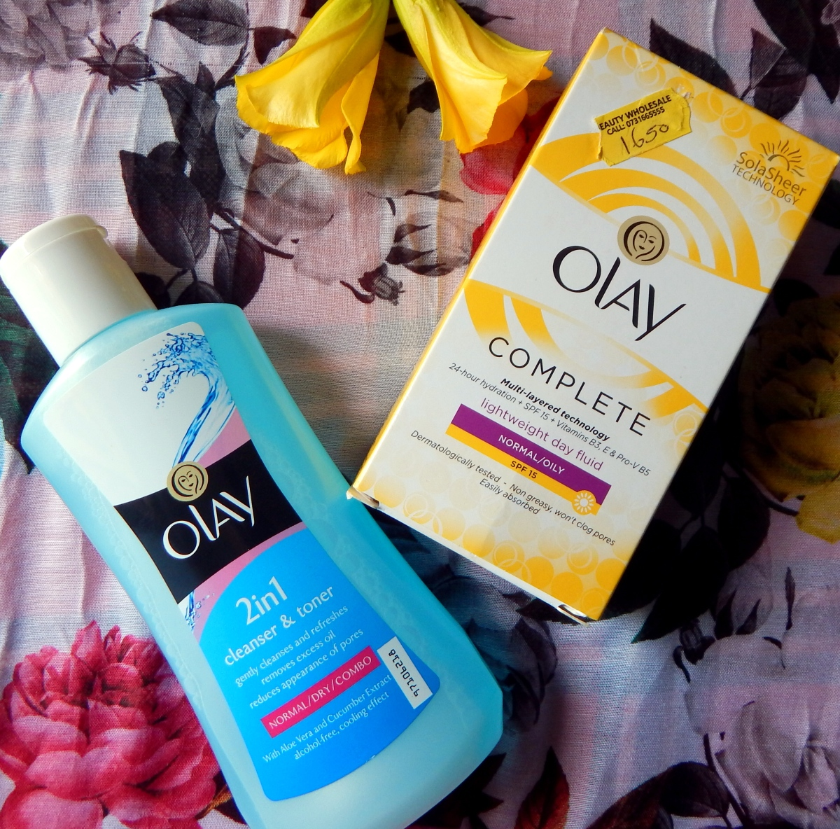 OLAY Cleanser And Moisturizer Are Perfect For Oily Skin